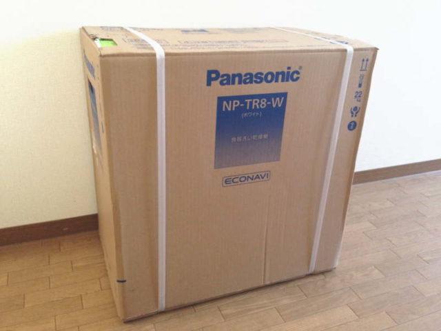 パナソニック 食器洗い乾燥機 NP-TR8-W 箱