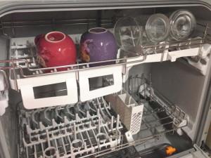 パナソニック 食器洗い乾燥機 NP-TR8-Wにコップを入れてみた