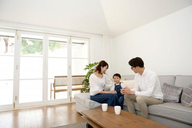 自宅にソファを置いたイメージ