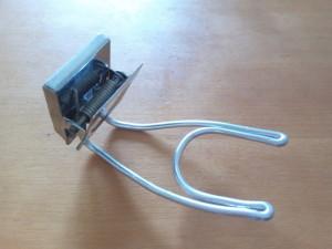 針金の端をマグネットに挟んで完成!