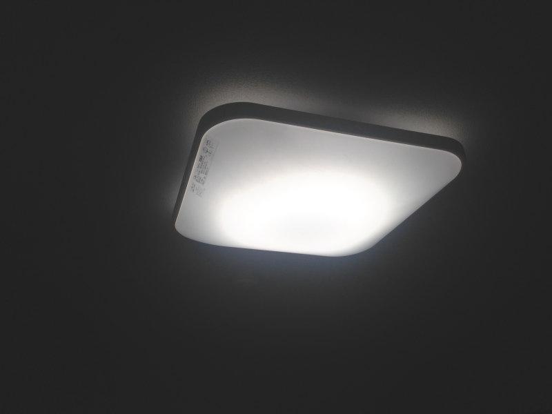 LEDシーリングライトはやっぱり明るい!