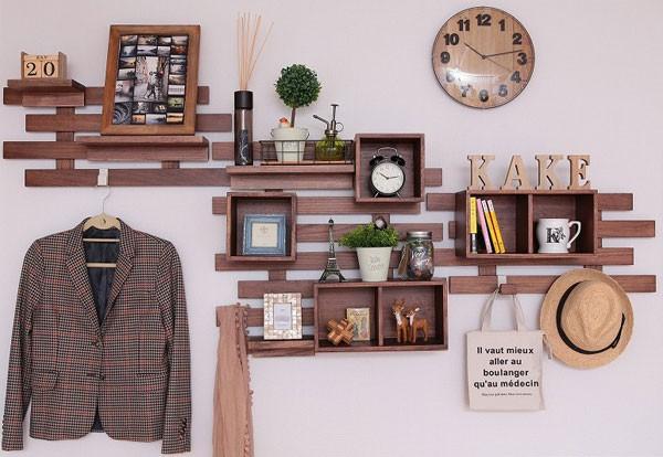 オスマック・「壁に付けられるすのこ」&「すのこに掛けられる家具」