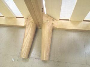 10分で組み立てられるタモ材のすのこベッドは組立簡単なのに頑丈