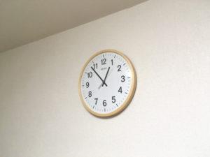 我が家のリビングの時計
