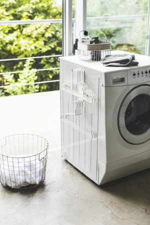 山崎実業・マグネット ハンガー収納 洗濯機横 洗濯ハンガー 収納フック プレート S ホワイト 3918