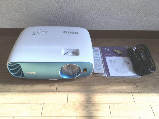 BenQ・4Kプロジェクター「TK800」