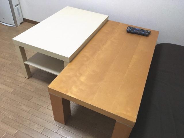 IKEAのLACKコーヒーテーブルとニトリのリビングテーブル