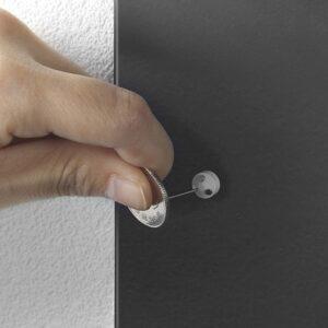 山崎実業・キッチンカウンター横 収納ラックTOWERは付属の石こうボードピンで取り付け可能